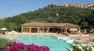 oasi village Large Villa Properties