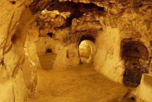Derinkuya underground caves 1-2